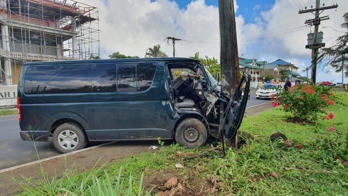 van accident - Radio Samoa
